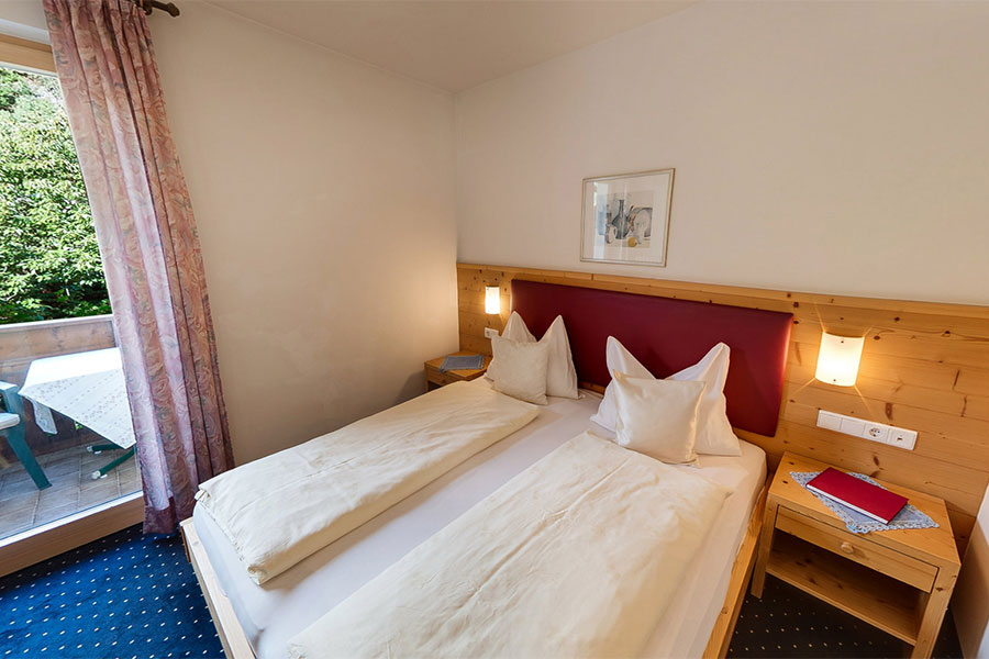 Double room Defregger